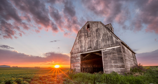 Corn Crib sunset – Dallas County, Iowa